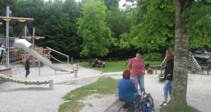 13-06-22 Poing Spielplatz